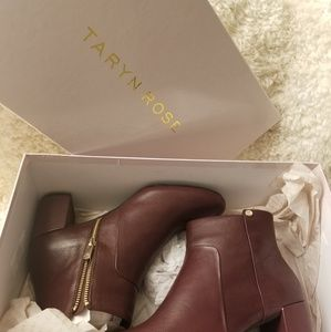 Women's Wine Camille Silky Cow Fashion Boot